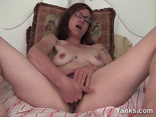 Favoured Sylvie Lavine Masturbating