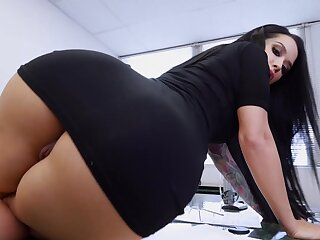 Hot brunette with sexy aggravation and broad to the beam tits, rough adult addiction to POV
