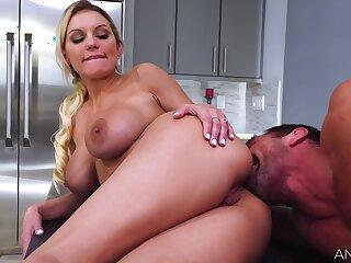 Johnny Castle Fucks Busty Milf Kenzie Taylor In Her Big Ass